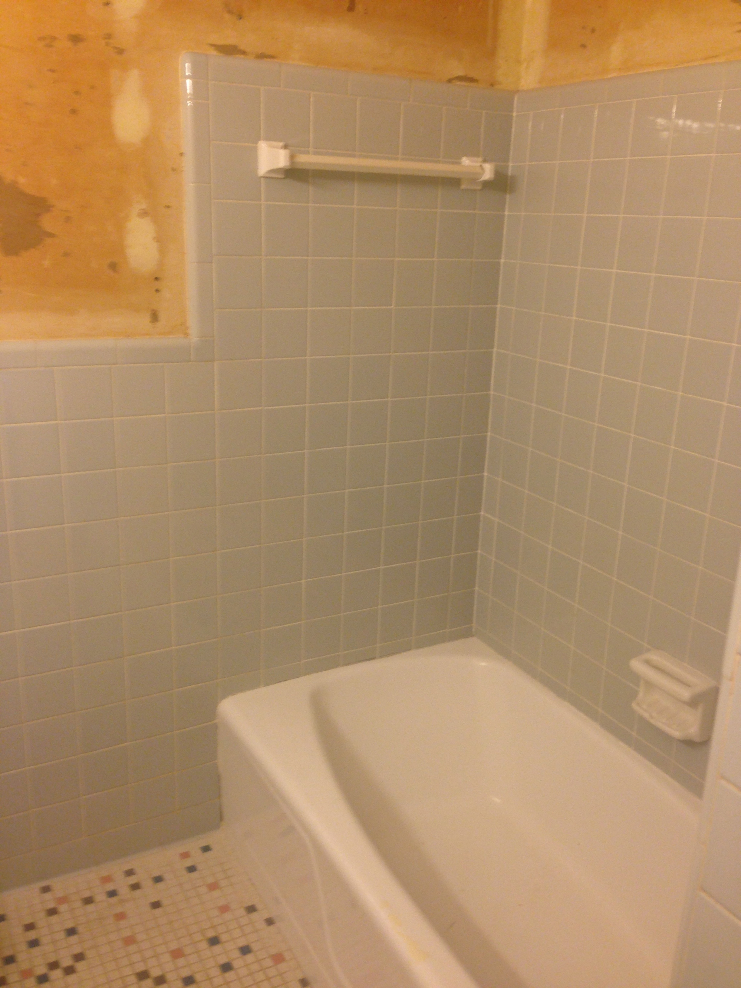 Tile Refinishing - Bathtub Refinishing | Tile Reglazing MD VA DC